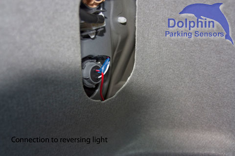 Connection to reversing light
